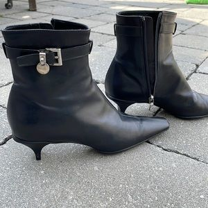 NWOT Prada black leather pointed toes ankle boots, size EU 35.5 / US 5.5